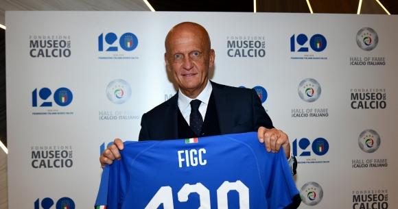 Шефът на съдиите в УЕФА даде мнение за дузпата