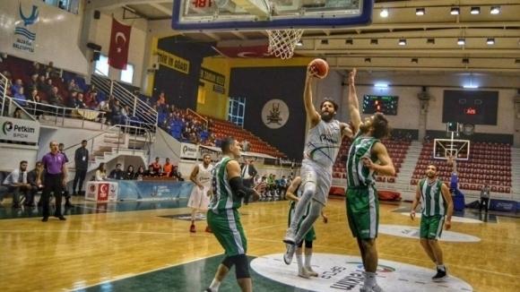 Калоян Иванов и Петким с победа в Турция