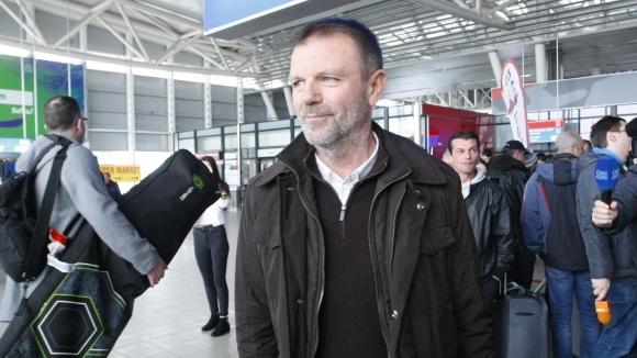 Кайсар не уволнява Стойчо Младенов заради солидна неустойка