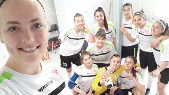 Женски футболен отбор катастрофира на връщане от София, бивш национал оказва съдействие