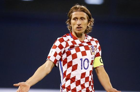 """Бразилия и Хърватия ще играят контрола на """"Анфийлд"""" през юни"""