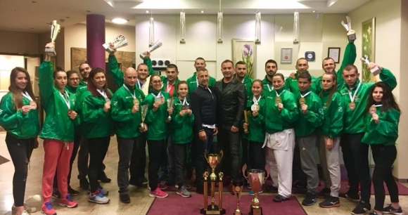 6 златни медала за България от европейското по шотокан караде-до