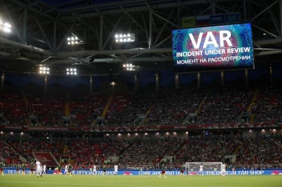ФИФА избра 13 видеоарбитри за Мондиала