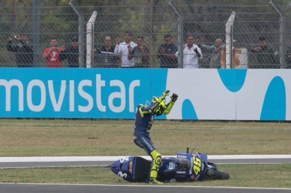 По-тежки наказания при контакти в MotoGP след скандала с Роси и Маркес