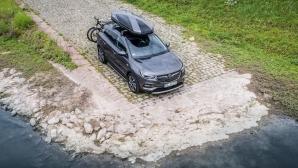 Шофиране със стил - практични аксесоари за Opel Grandland X
