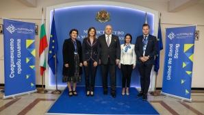 Министър Кралев проведе работна среща с Алана Армитаж