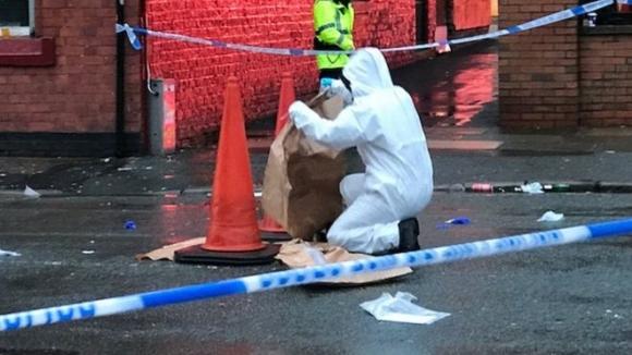 Двама привърженици на Рома арестувани за опит за убийство