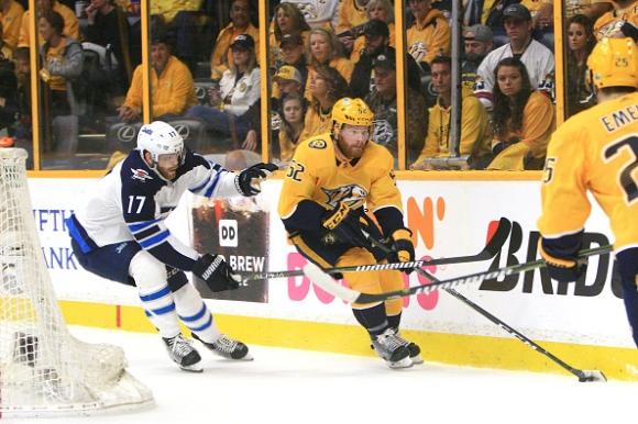 Уинипег поведе на Нешвил в плейофите в НХЛ