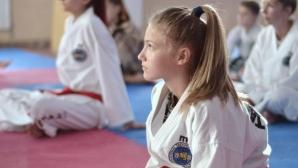 13-годишната Екатерина Иванова стана европейска шампионка по таекуон-до