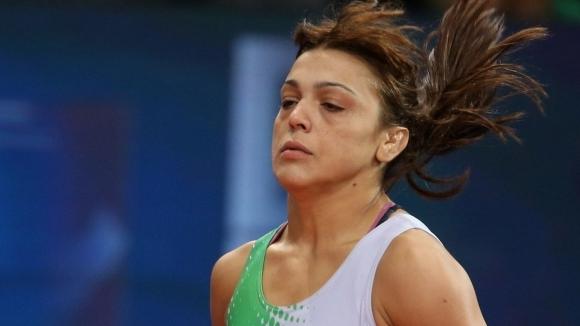 Две българки се класираха за полуфиналите на европейското по борба