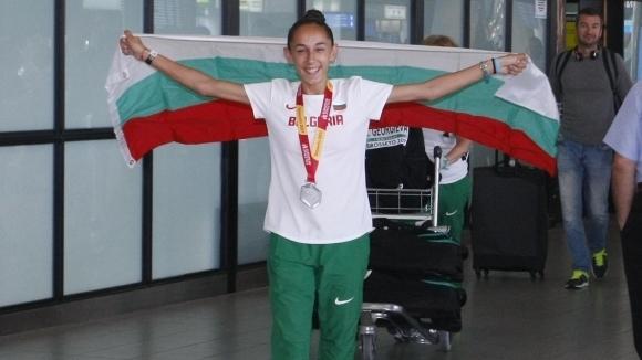 Спряха състезателните права на детето чудо Лили Георгиева