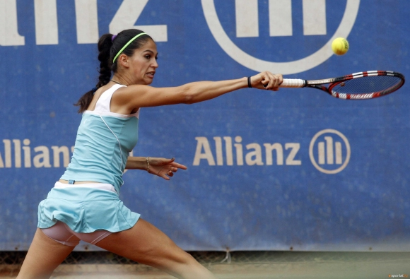 Шиникова се класира за четвъртфиналите в Тбилиси