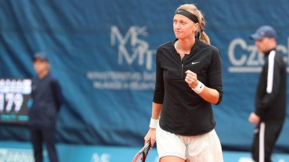 Петра Квитова достигна до четвъртфиналите в Прага