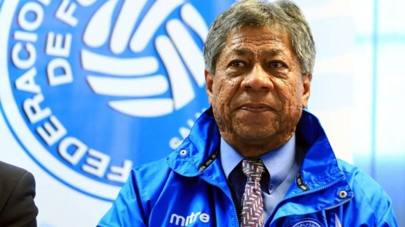 Бившият треньор на Салвадор наказан сурово от ФИФА