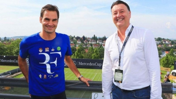 В Щутгарт се подмазват на Федерер с нова тревна настилка