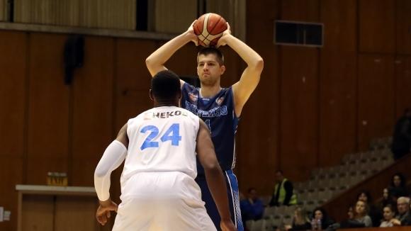 Академик Бултекс 99 покани всички спортни клубове от Пловдив на полуфиналите
