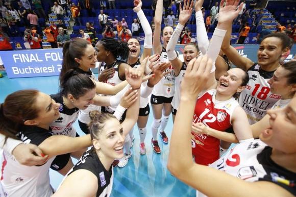 Петя Баракова, Славина Колева и Алба-Блаж на финал в Шампионската лига (видео + снимки)
