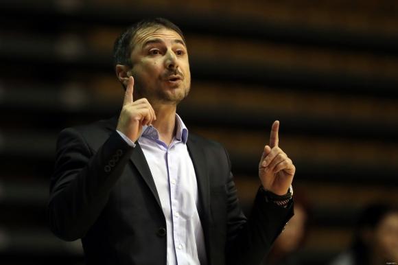 Асен Николов: Този мач беше пълна пародия