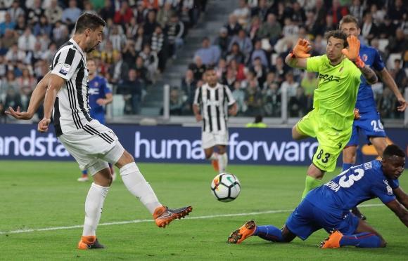 Миланистите се притесниха: сложиха рефера от Ювентус - Болоня за ВАР на финала