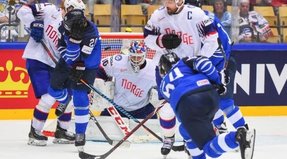 Финландия разгроми Норвегия със 7:0, Чехия измъкна успех с дузпи над Швейцария