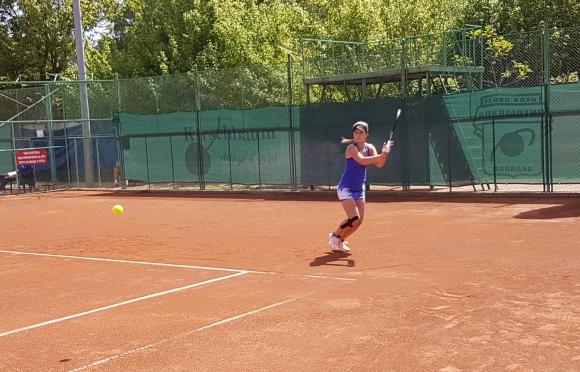Гергана Топалова с шеста поредна победа