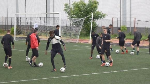Локомотив (Пловдив) с кадрови проблеми преди мача със Славия