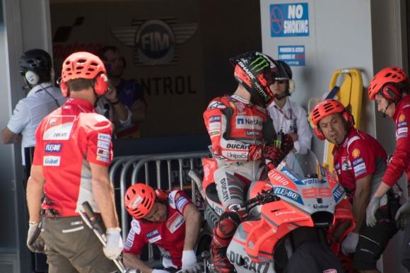 Лоренсо пробва ново шаси и аеро елементи на Ducati
