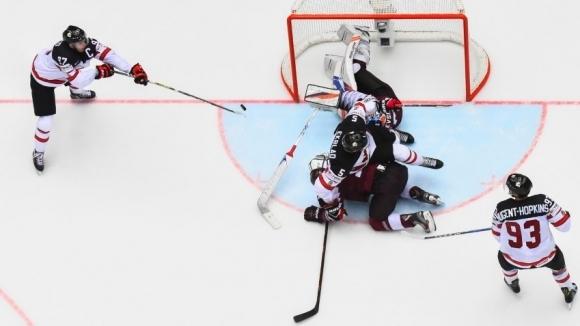 Канада се измъчи с Латвия