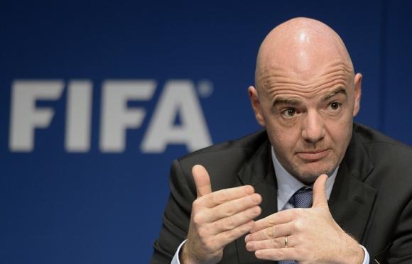 ФИФА обсъжда увеличаване на участниците на Световно първенство