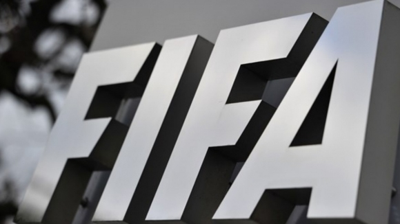 Важна промяна в Дисциплинарния правилник на ФИФА, която засяга нередовните платци в родния футбол