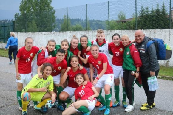 Девическият национален отбор на България до 19 г. победи Азербайджан