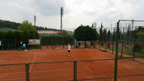 Страхотен успех! 6 българчета се класираха за полуфиналите на турнира на ITF в Стара Загора
