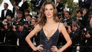 Алесандра Амброзио е секси и съблазнителна всеки ден в Кан (снимки)