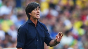 Германия ще започне лагера в Италия в намален състав