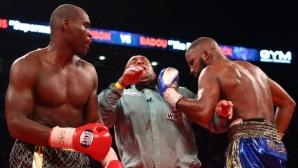 Баду Джак удари рефера по време на битката си със Стивънсън (видео + снимки)