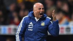Скандал в лагера на Аржентина - Ромеро не бил отпратен заради травма