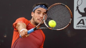 Тенисист от топ 100 участвал в уговорени мачове