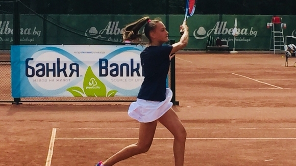 Пеева и Глушкова са на полуфинал в Албена