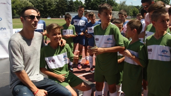 """Обраха деца от Черноморец (Бургас) по време на турнира """"Данониада"""" днес"""