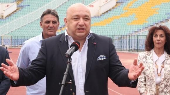 Министър Кралев с реч срещу спортните манипулации в Европейския парламент