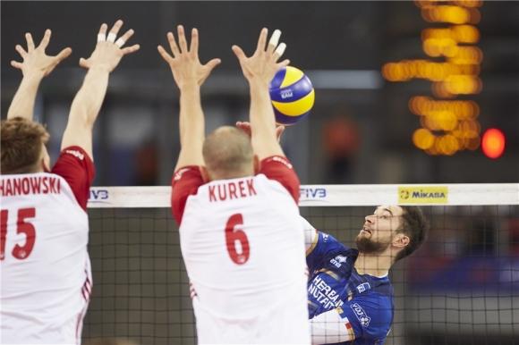Полша без Кубяк и Курек на турнира в Япония