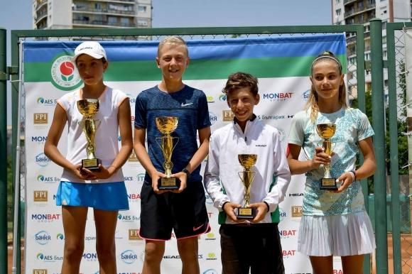 Георги Георгиев и Каталина Петрова са шампиони до 12 години
