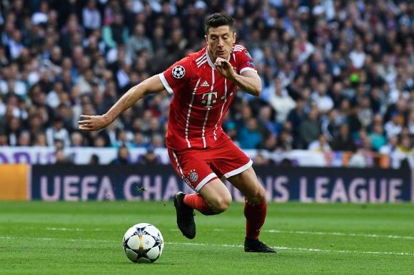 Предлагат Левандовски на Юнайтед, той иска в Реал