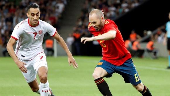 Испания с изстрадан успех над Тунис на руска земя (видео)