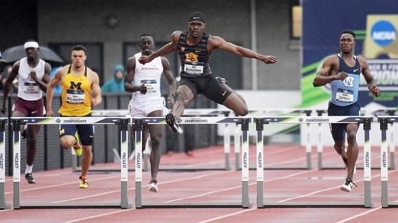 Рай Бенджамин изуми света с върхов резултат на 400 м/пр