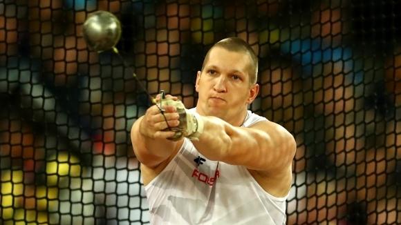 Новицки оглави световната ранглиста на чук с поредна победа над Файдек