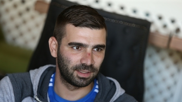 Владо Стоянов готов до края на август