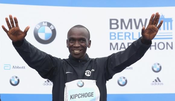 Кипчоге атакува световния рекорд в маратона в Берлин