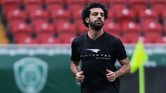 Салах вече тренира с топка