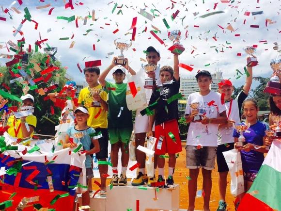 Тенисисти от близо 10 държави идват за тенис трофеите Royal Cup